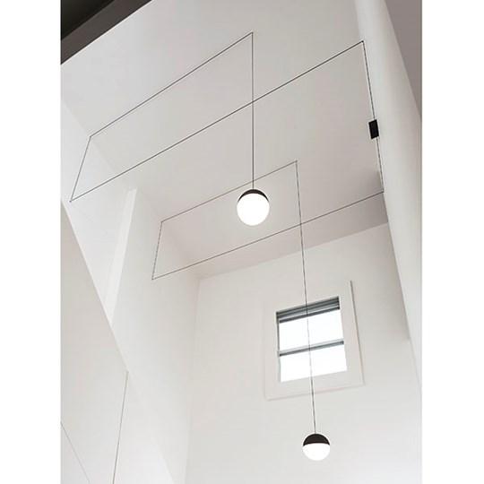 """Flos pakabinamas šviestuvas """"String Light Sphere"""""""